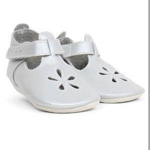 Bobux Silver Daisy Strap Soft Sole Booties